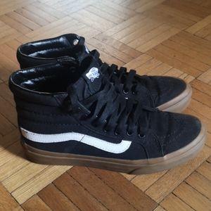 Vans Sk8-hi gum sole skate shoes